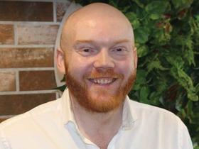Dr Chris Irwin