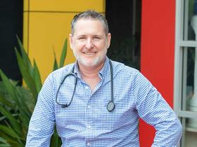 Dr Justin Hunter