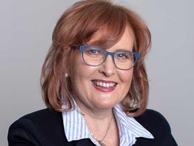 Dr Karen Price
