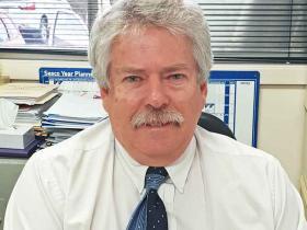 Mr Dale Beatty