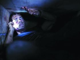 Ryan reynolds in Buried Alive
