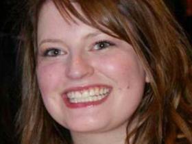 Dr Lauren Connelly