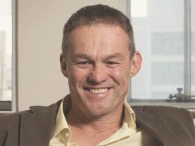 Dr Ross Lamplugh
