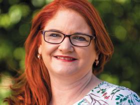 Dr Helen Schultz.