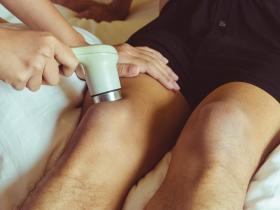 Ultrasound on knee