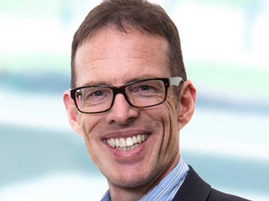 Dr Chris Bollen.