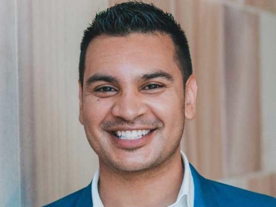 Dr Hashim Abdeen