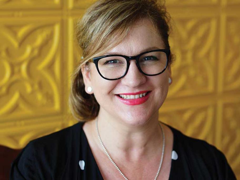 Dr Nicole Higgins