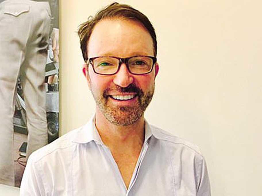 Dr Warren Nettle