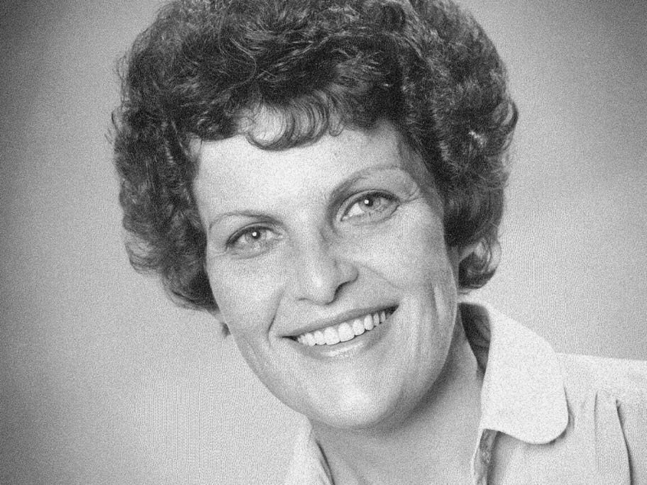 Dr Dianne Houghton