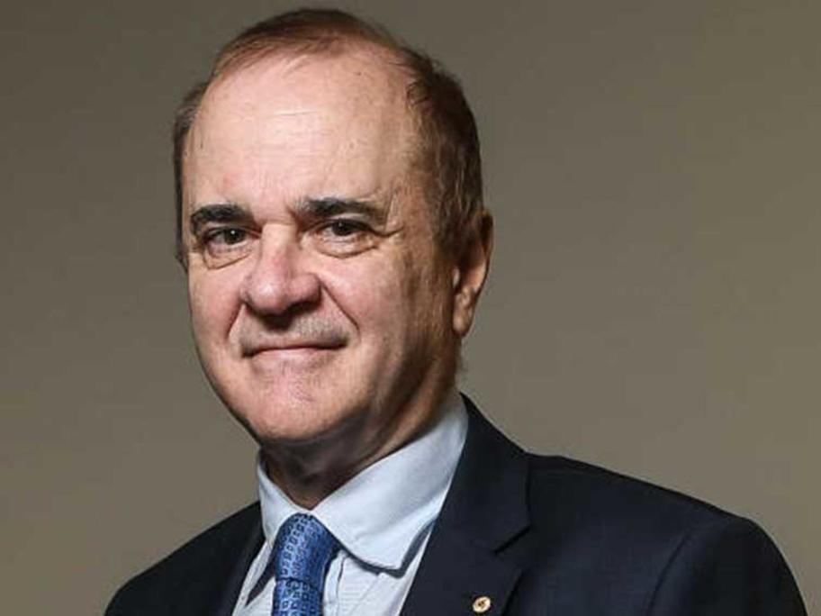 Associate Professor Julian Rait.