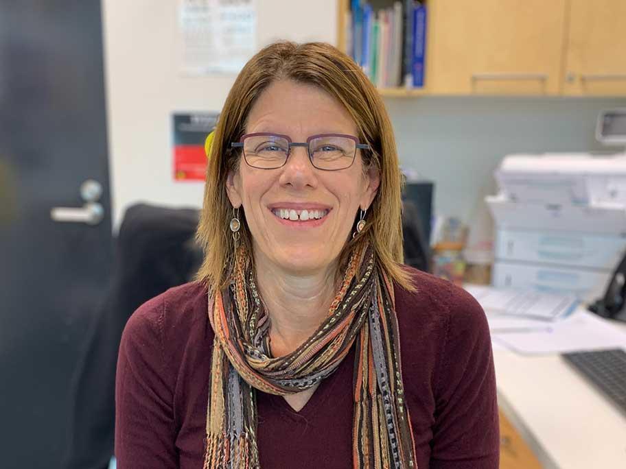 Dr Elana Roseth