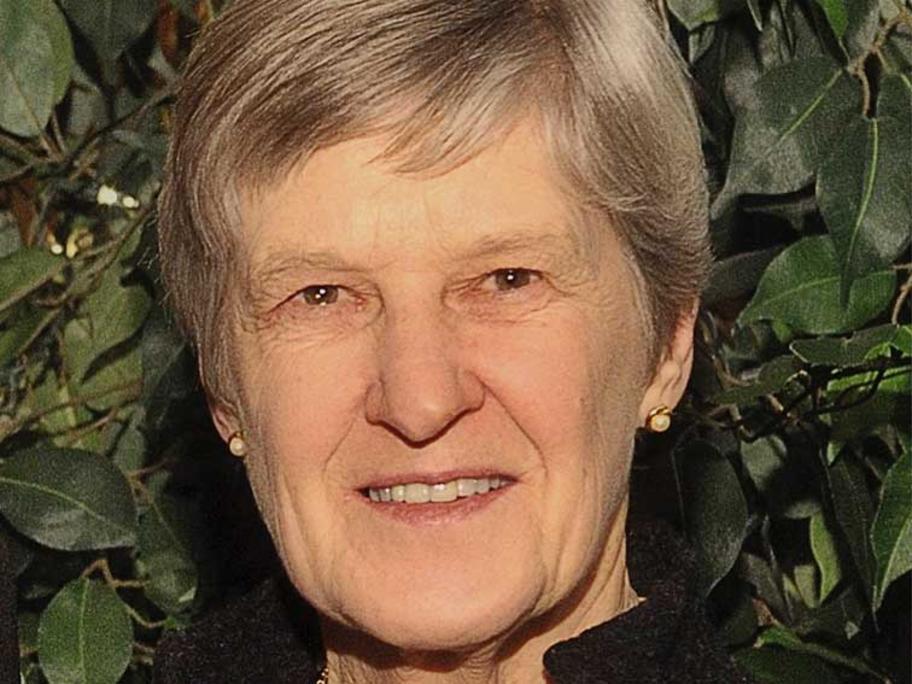 Professor Lyn Gilbert