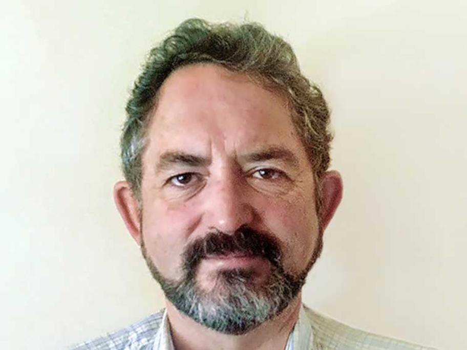 Associate Professor Chris Hogan