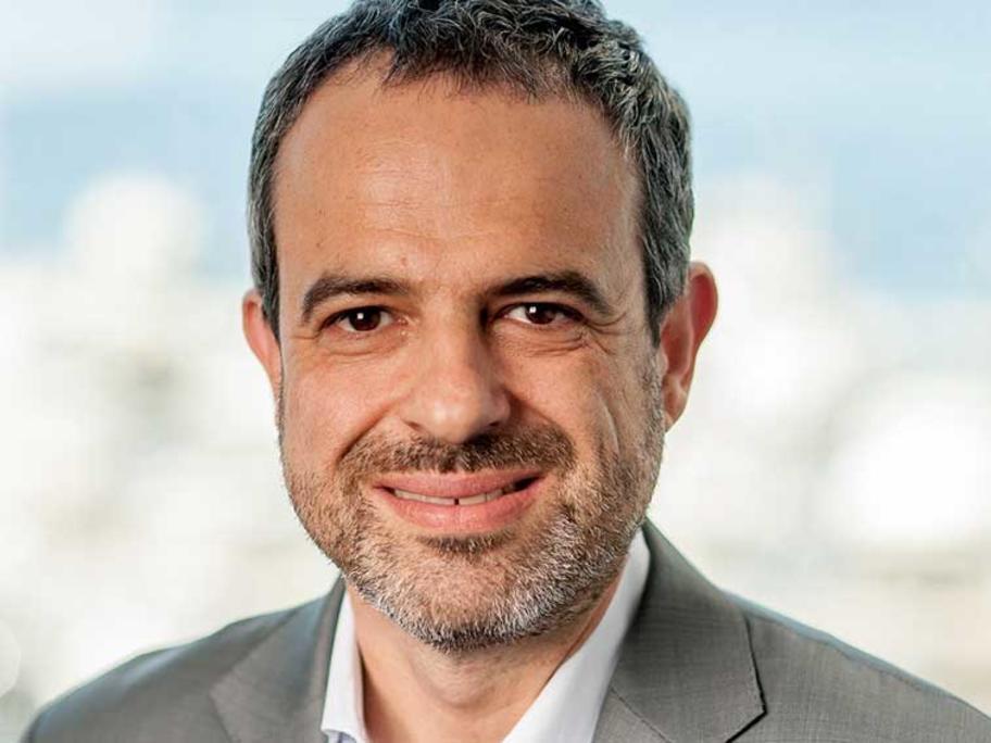 Dr Omar Khorshid.