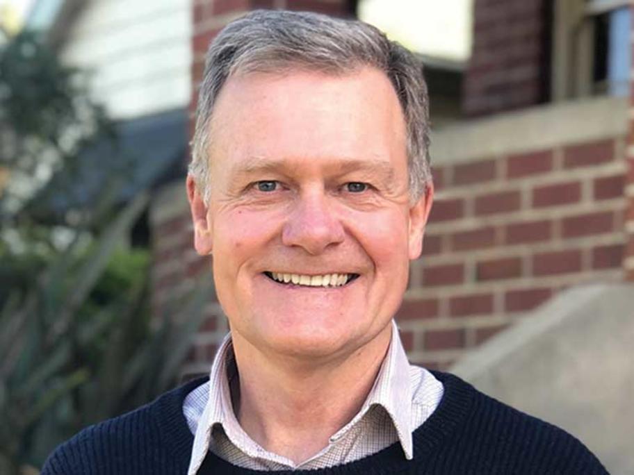 Dr Duncan MacKinnon