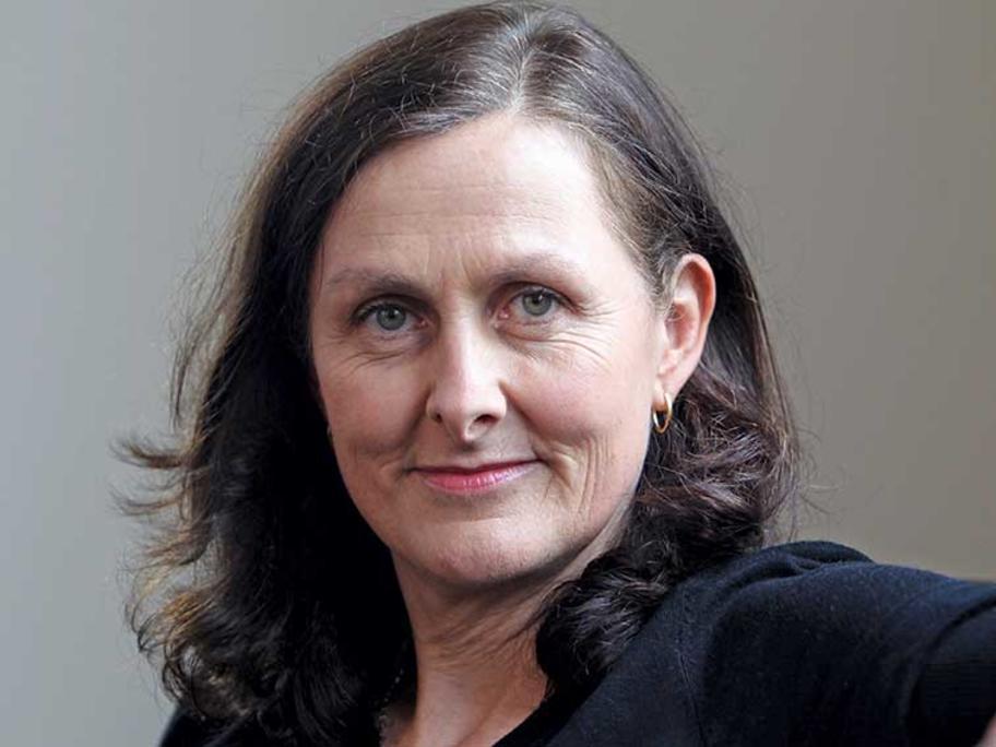 Dr Liz Marles