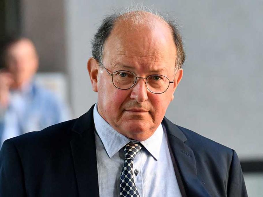 Dr William Russell Pridgeon