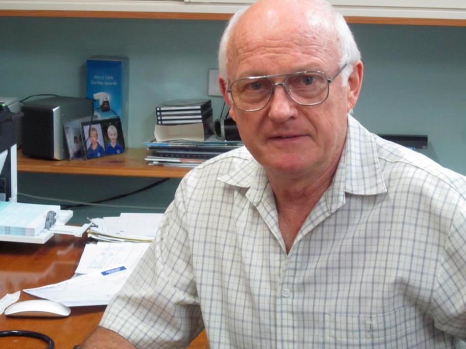 Dr Rodney Catton