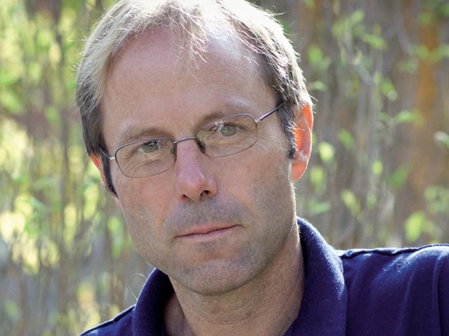 Dr Lachlan Fraser