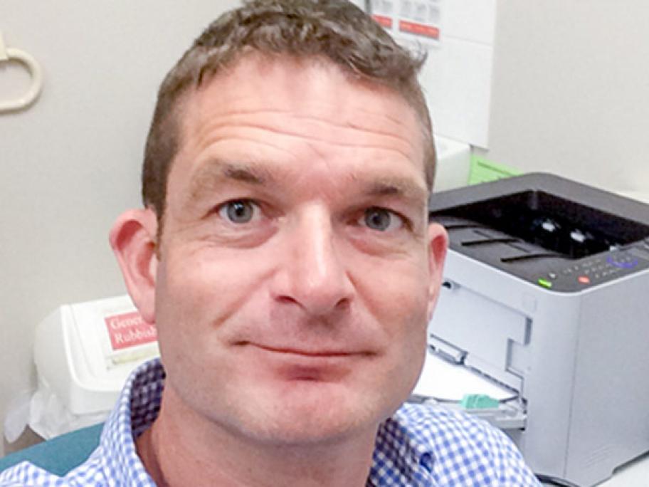 Dr Nick Martin