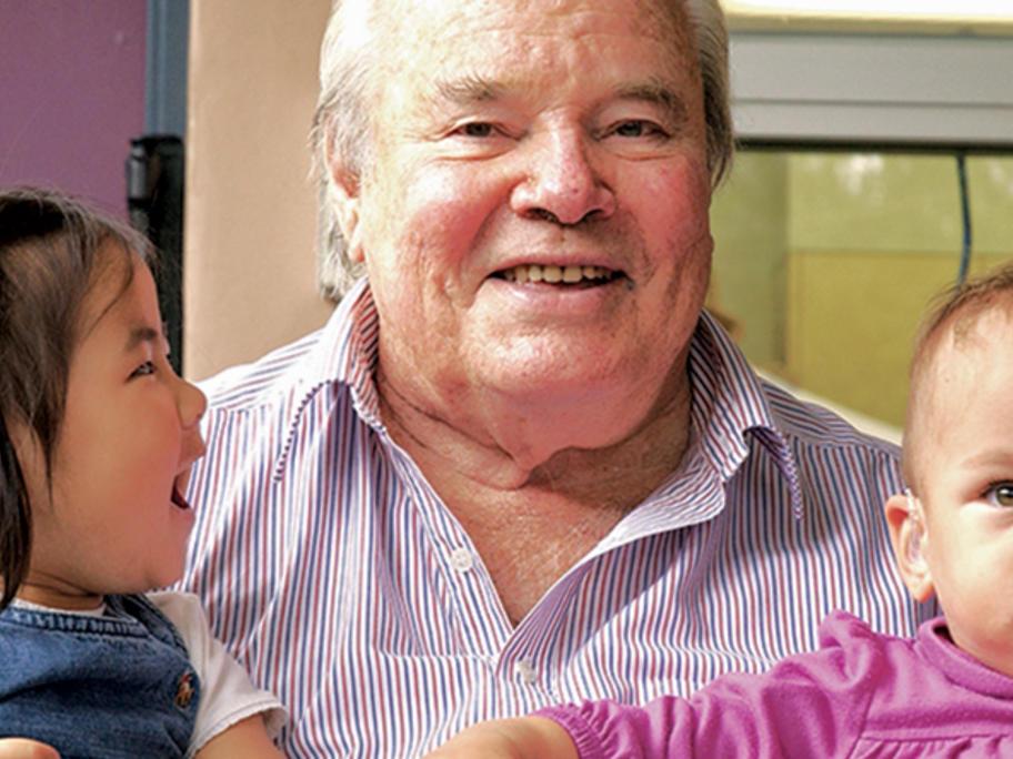 Dr Bruce Shepherd
