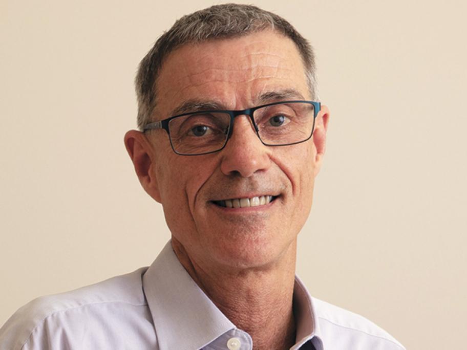 Dr Chris Cotton