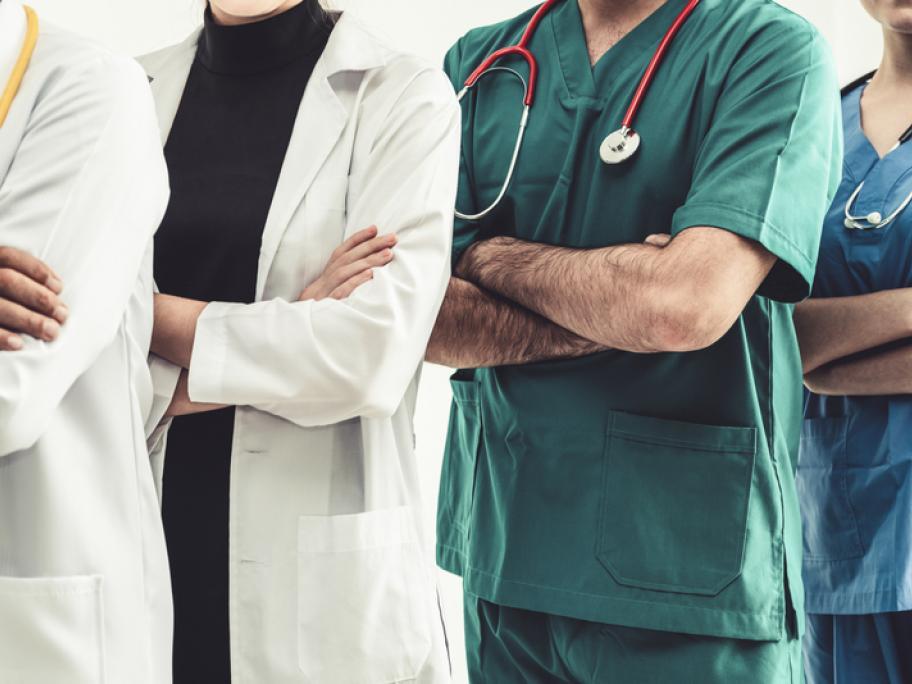 many doctors