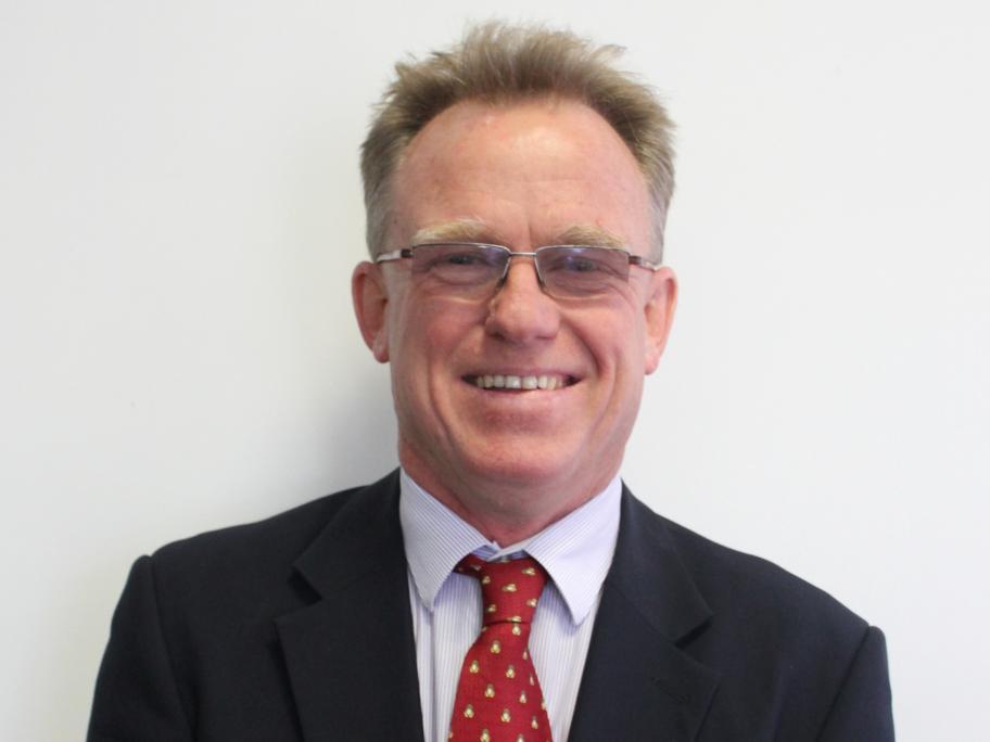 Dr Martin Whitely