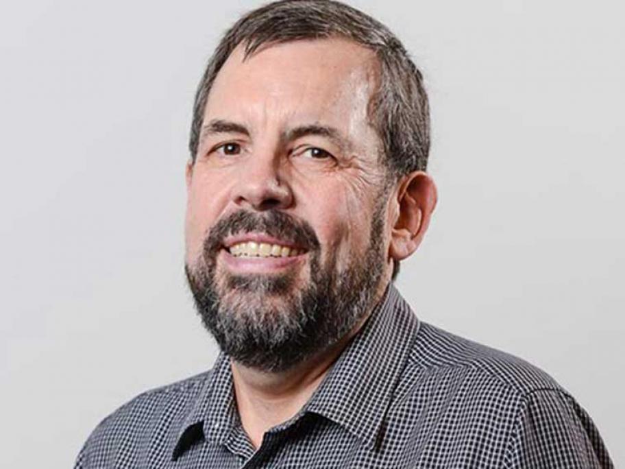 Dr Andrew Robertson