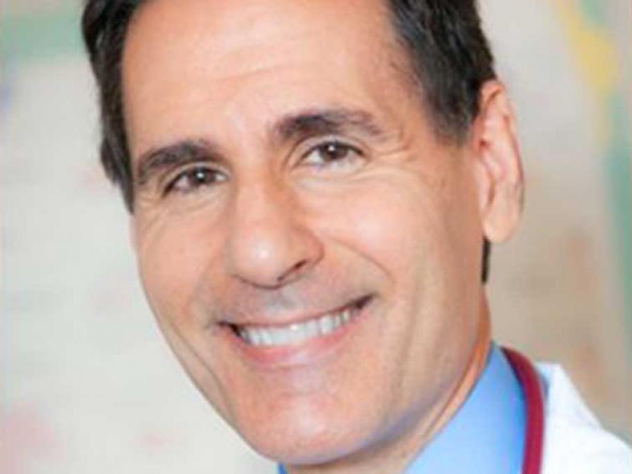 Dr Van Koinis