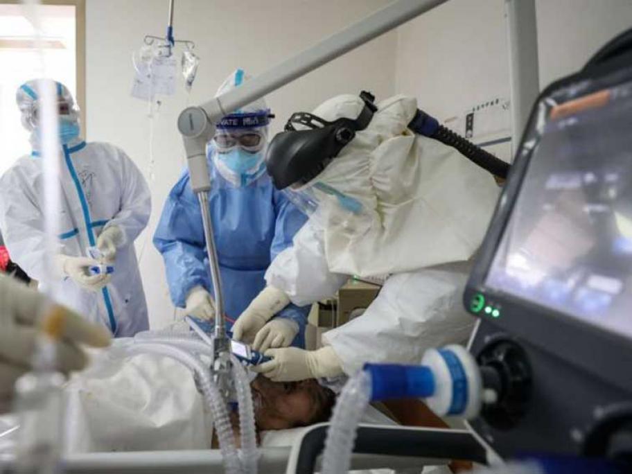 Coronavirus - person in ICU