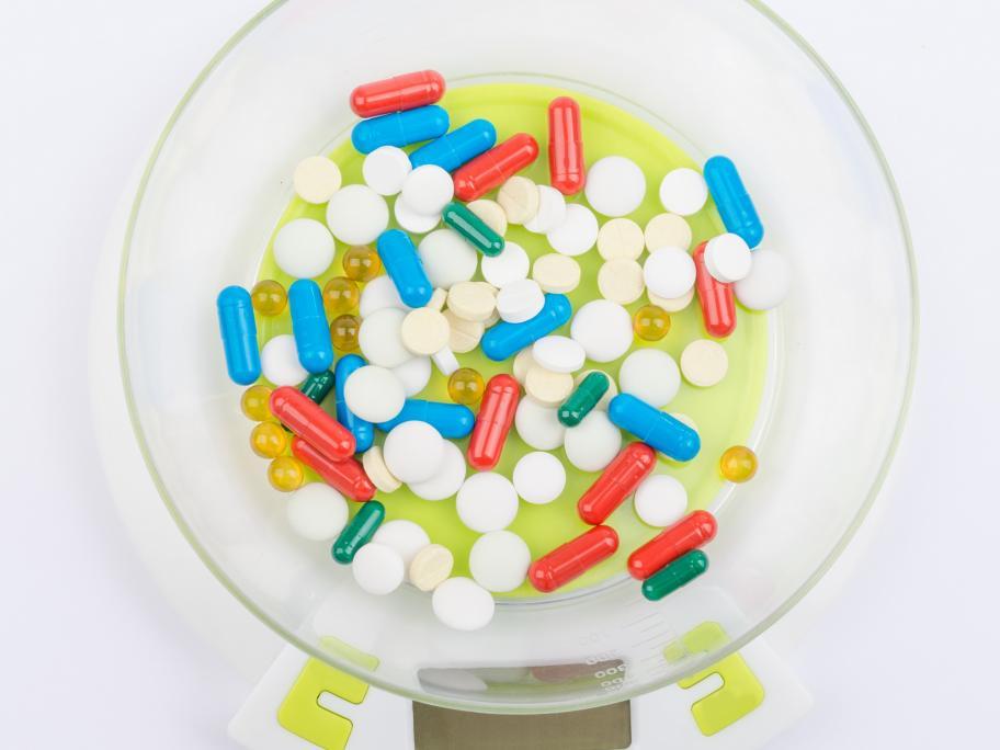 weighing pills
