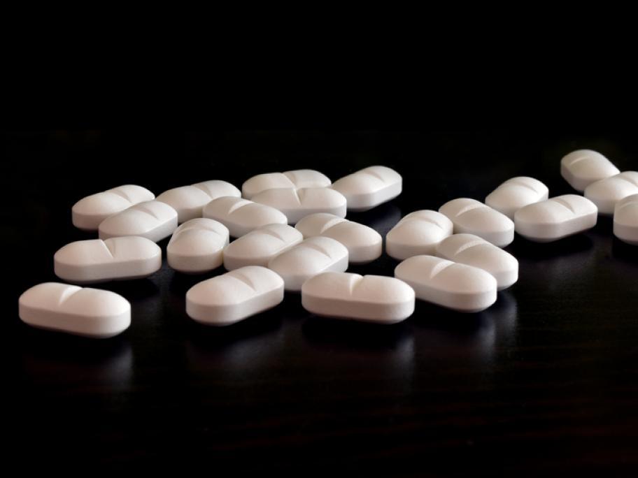 white antidepressant tablets