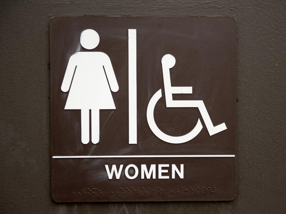 sign for women's toilet