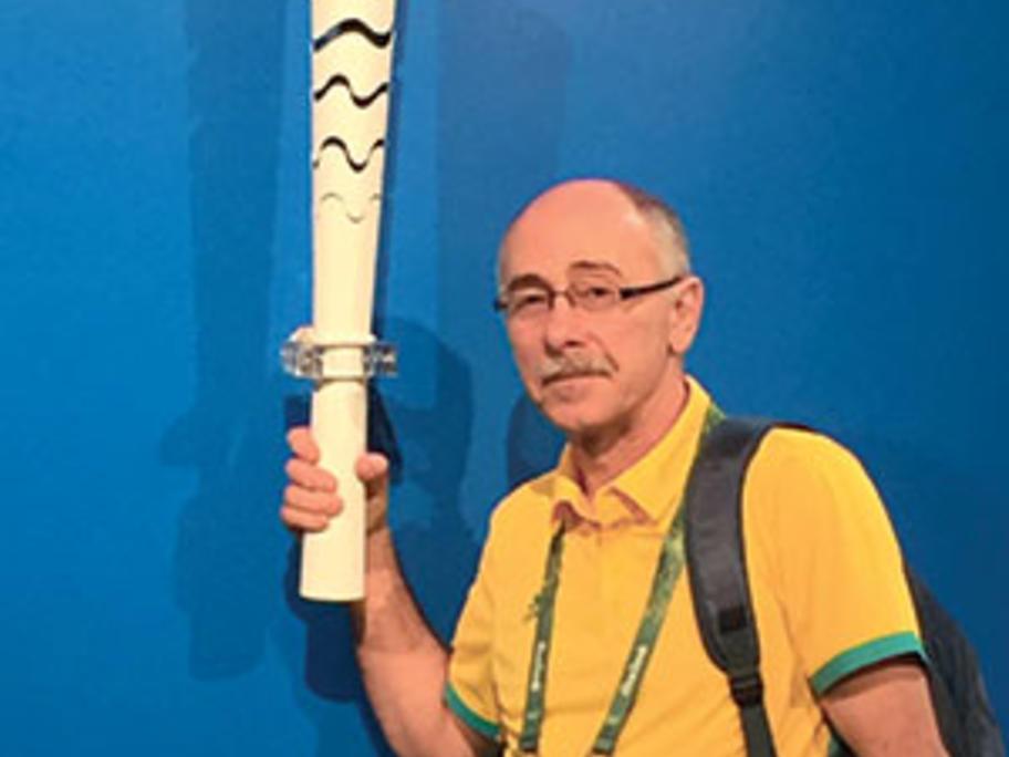 Dr John Azoury