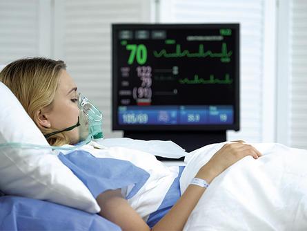 Woman hospital oxygen